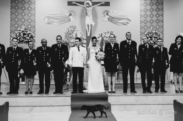 fotografia de casamento com emoção, casamento militar, guarda militar, guarda de honra, fotos de noivos militares,