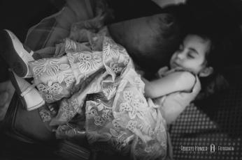 daminha dormindo durante casamento no villa 459