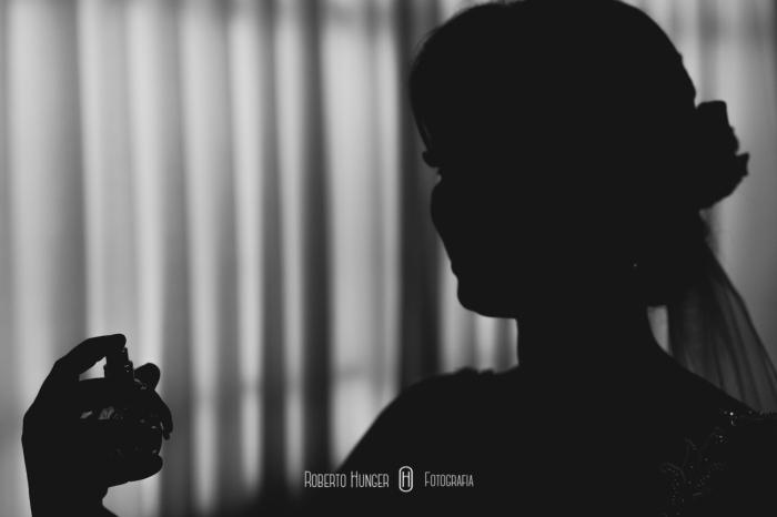 Roberto Hunger Junior; Estética Jéssica Pereira; make jéssica pereira, Tati Bueno cabelo; Vestido Atelier Rafael Garroni; Atelier Rafael Garroni; Decoração Cabana Hall Eventos; Cerimonial Cabana Hall, João Carlos Castro; Bufê Autieri Borin; Doces Kênia Vasconcelos; Bem casados Ana Cristina Bem Casados, Dj Junior Pee, Filmagem: 2B filmes