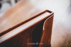 álbum de casamento ideal para mini wedding e casamentos rústicos. Álbum de casamento em couro, capa de couro rústico, casamento no campo em minas gerais pede este álbum!, roberto hunger jr.