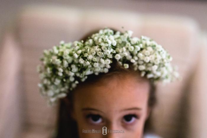 Coroa de flores em daminha de casamento, daminha de casamento com arranjo de flores,