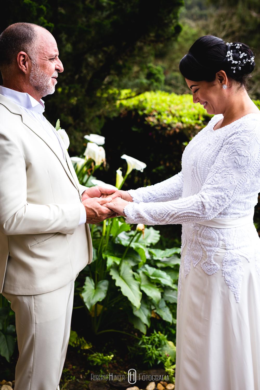 casamento budita zen, zen casamento, Elopement Wedding budista, fotos monte verde casamento lindo, casamento em monte verde hotel Hotel Meissner Hof, casando no campo, casando na chuva
