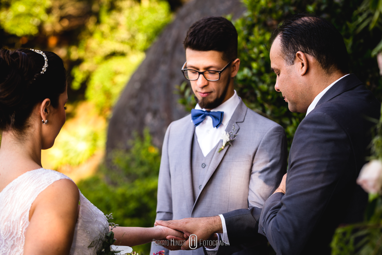 Elopement Wedding em monte verde, sul de minas gerais. Casamento ou mini wedding nas montanhas. O elopement wedding, também conhecido como casamento a dois, tornou-se uma das grandes tendências para casamento no Brasil.